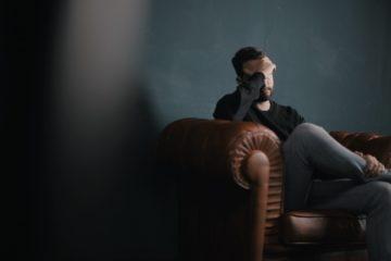 Haarausfall bei Stress bei Männern. Was dagegen hilft